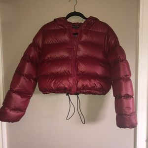 Prettylittlething red puffer